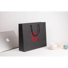 Logo Customized Die Cut Taschen für Kleidung Verpackung