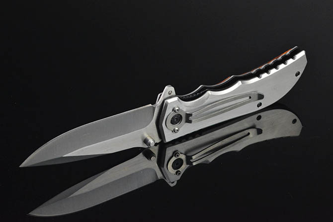 SOG Sliver Mest Uusefel Pocket Knife