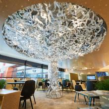 Hängender Kronleuchter aus Glas mit rundem Design