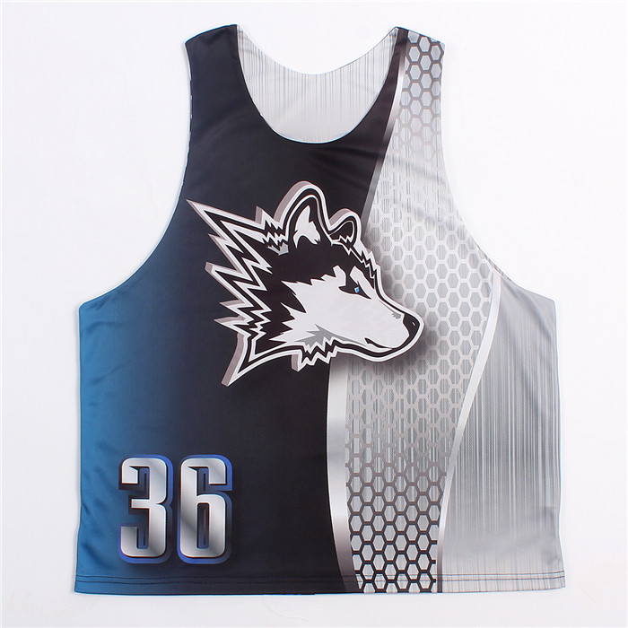 Reversible lacrosse uniforms