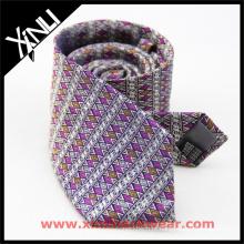Criar seu próprio laço de pescoço clássico dos homens luxuosos de seda feitos a mão do tipo