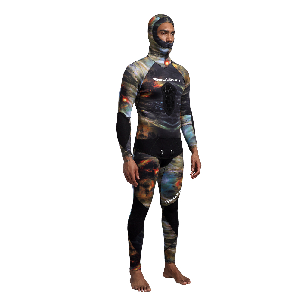 Two Pieces Camo Pattern Wetsuit
