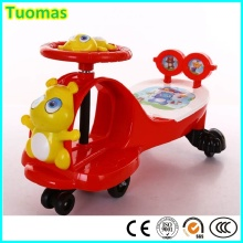 Carro musical do brinquedo dos balanços dos miúdos
