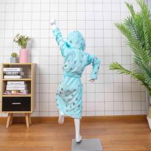 peignoir éponge à capuche enfant bleu brillant