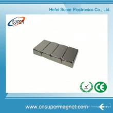 ISO9001 a certifié l'aimant de bloc de néodyme de revêtement de N42 Ni