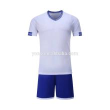 OEM fabricant de football jersey nouveau modèle pas cher prix enfants joueur de football uniforme