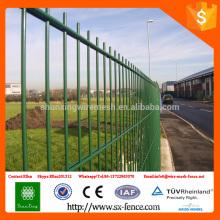 ISO9001 pó de alta qualidade revestido 868 cerca de malha de arame duplo