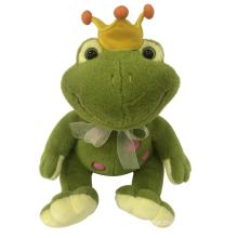 Плюшевая лягушка с короной