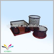 China material de malla metálica organizador de escritorio de oficina con base de madera