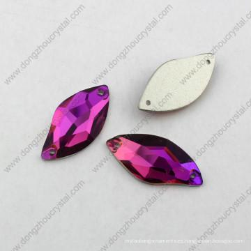 El cristal posterior plano decorativo cose en los accesorios del diamante artificial del fabricante de China
