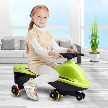 Bat Wheeled Ride en el vehículo Baby Wiggle Vehicle
