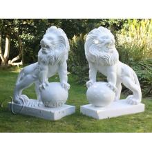 2018 hochwertige Steinschnitzereien Marmor Garten Skulpturen Löwen