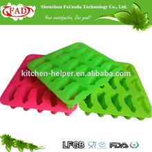 China fabricante Alimento Grade Non-stick carro forma de silicone Ice Maker / moldes de silicone colorido em forma de gelo
