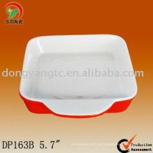 Plato de cerámica para hornear