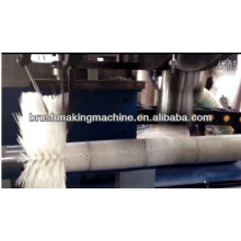 round brush synchronous drilling and tufting machine