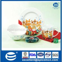 Рождественские дети ежедневно используют фарфоровую посуду с безопасной декалью