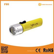 F95 Classic alta potência subaquática impermeável Ipx8 Xre Q5 LED mergulho lanterna