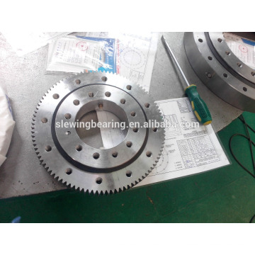 Heave machinery Slew gear