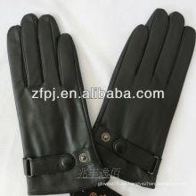 Los hombres venden al por mayor guantes de la Navidad con la motocicleta de cuero