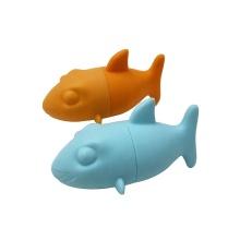 Juguete flotante de silicona con forma de tiburón para baby shower