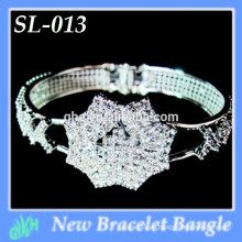 Yiwu neue Art und Weisearmband shine silberner Großverkauf öffnen silberne Armbandarmbänder