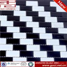 made in china Gemischte schwarze und weiße Kristallglasmosaikfliese für Küchendesign