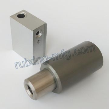 Customized Machining Aluminum Block and Bushing with Hard Anodized 70um