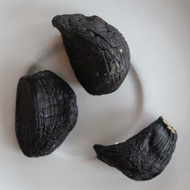 Multi Peeled Black Garlic 022