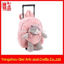 Jouet mou de chat sur le sac de chariot en peluche de couleur rose avant enfants d'école roulé en peluche sac de chariot de jouet