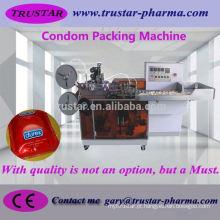 Máquina automática de acondicionamento de embalagens de preservativos