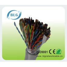 Cables multicelulares llenos de cables de teléfono