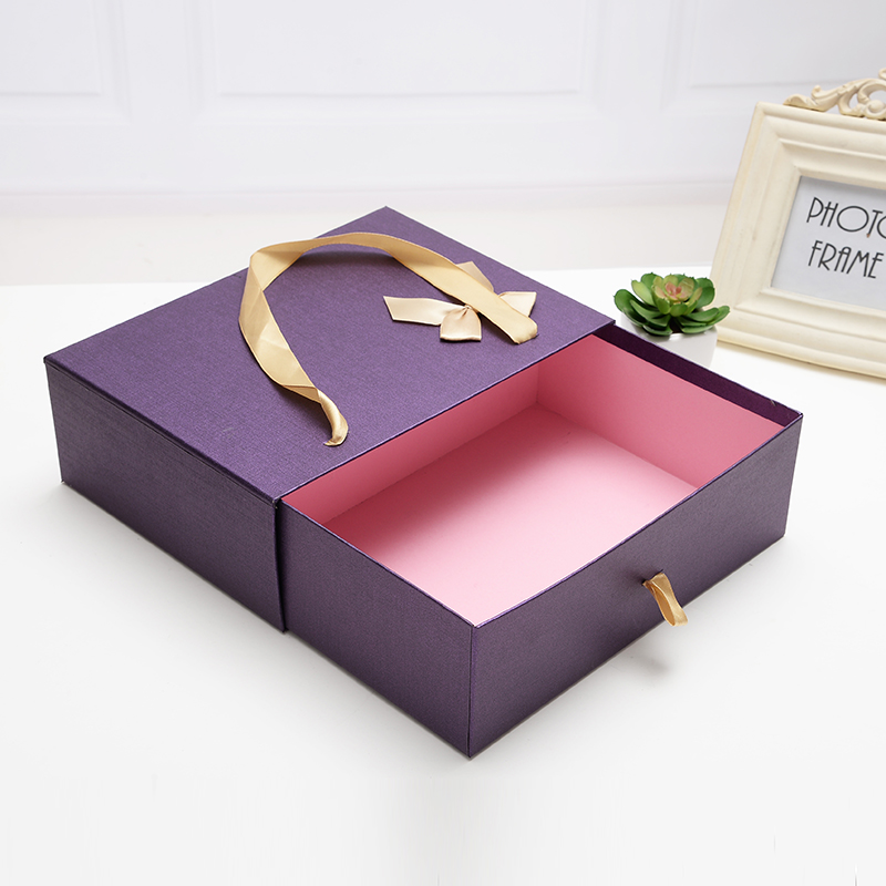 Fancy wedding candy sliding box