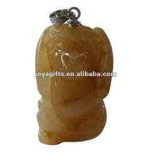 Pendentif en pierre Aventurine en forme de chien sculpté