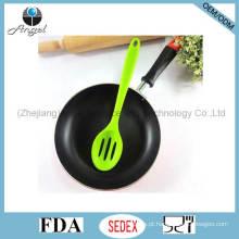 Non-Stick Silicone utensílios de cozinha Set Silicone Slotted colher de cozinha Sk16b