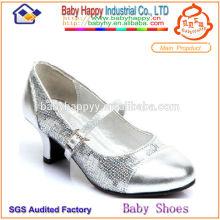 Zapatos de lentejuelas en línea para los niños
