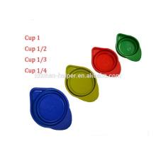 2015 Nuevo producto Alimentos Herramientas para cocinar Grado plegable de silicona Medición Cup Set para 250 ml 125 ml 80 ml 60 ml / medallas de silicona