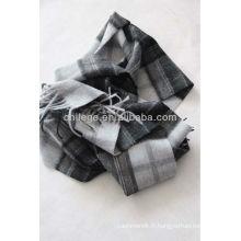 écharpe à carreaux en laine pour hommes