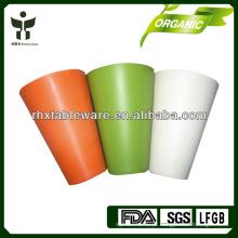 Copos bebendo biodegradáveis da fibra de bambu dos miúdos