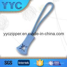 Venta al por mayor de prendas de vestir personalizado Zip Puller para niños y bolsos