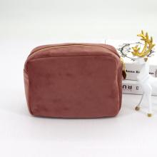 2021 New Style Customize Faux Fur Felt Cosmetic Velvet Bag Soft Padded Plush Makeup Cosmetic Case Bag