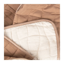 Polyester Lightweight Thick Thermal Airline Quilt
