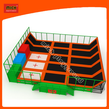 ASTM Outdoor Gymnastic Bungee Trampoline Park with Big Air Bag