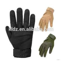 Guantes tácticos con los dedos llenos