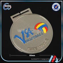 Médaille de métal en métal blanc