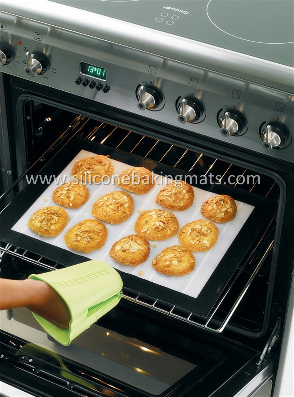 Wholesale Custom Nonstick Silicone Baking Mat