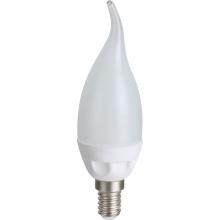 Lampes à LED en céramique bougie C30L 2835SMD 4.5W 396lm AC100 ~ 265V