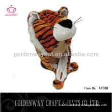 Bonnet d'animal de peluche de tigre d'hiver