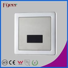Limpador automático de sensor de toalete