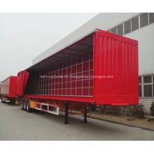 Camión de transporte de cerveza y leche cubierto con cortina