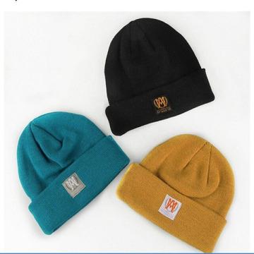 Barato Beanie Hat com Patch personalizado